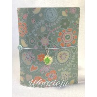 Woozie Ju Passport Size Faux-Dori with Insert & Charm - Green Floral
