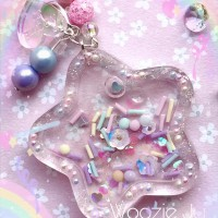 Pastel Sprinkles Clear Resin Star Liquid Shaker Charm