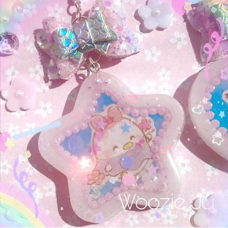 Ufufy Iridescent Star Shaker Key Chain/Planner Charm with Handmade Bow