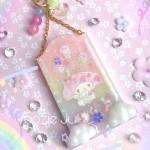 My Melody Rainbow Cloud Frame Shaker Charm